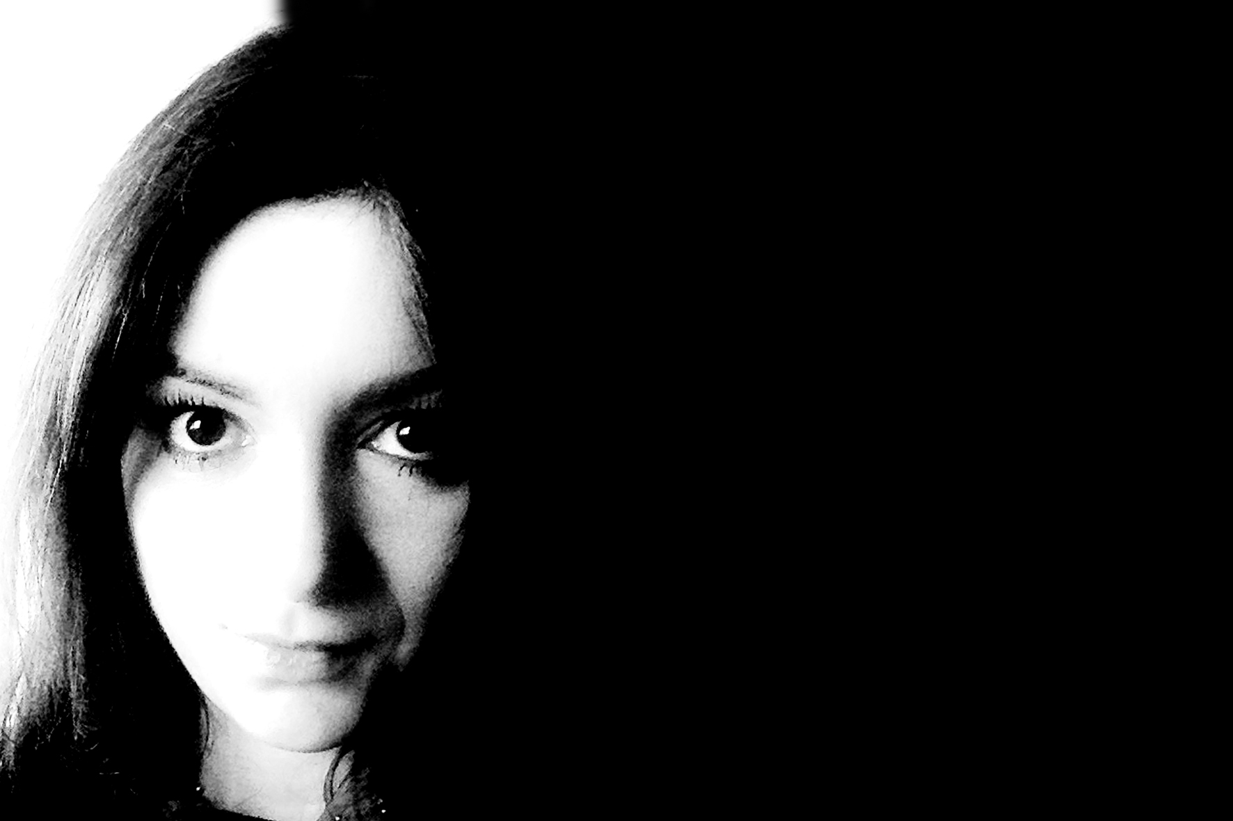 Gabriela Tofan_mic site