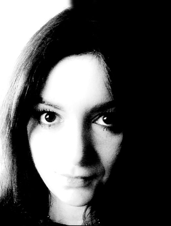 gabriela tofan portrait